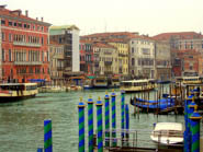 <p>Get the most out of your next trip to Italy by avoiding these common tourist traps.</p>